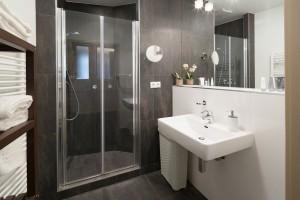 private Ferienwohnung Wien mit 2 Schlafzimmer und Terrasse am AKH ...